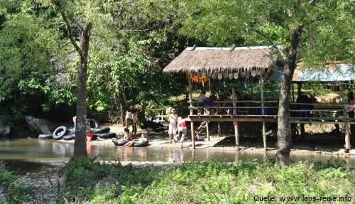 Tubing - besonders in Vang Vieng ein Muss