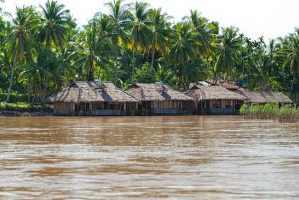 Don Khong - Häuser am Mekong (Laos)