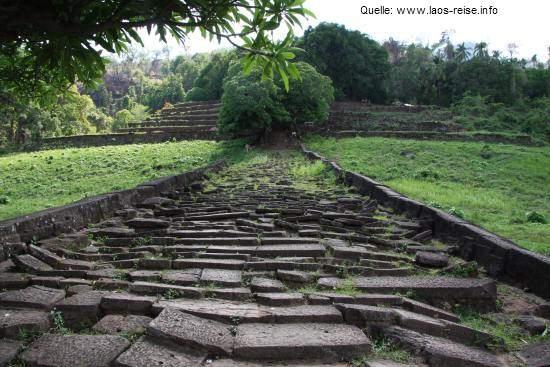 Auf dem Weg zu Wat Phou