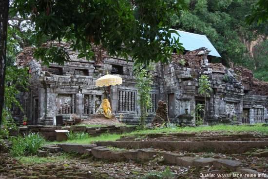 Seitenansicht von Wat Phou