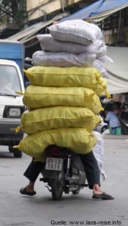 Straßenszene in Laos - manchmal ist weniger mehr...