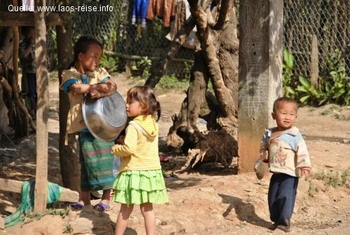 Durch Ökotourismus das wahre Leben der Laoten kennen lernen